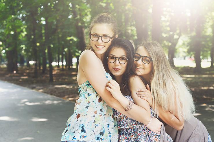 Chaque mutuelle a ses propres règles en matière de remboursement des  lunettes. Pearle Opticiens vous aide à y voir plus clair. ce8e0786fb90